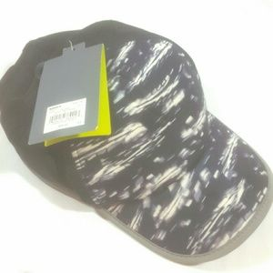Tek Gear Wicking Reflective trim Running hat